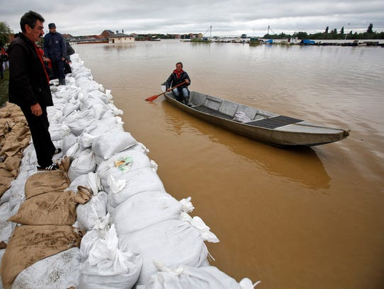 Bosnia flooding boat