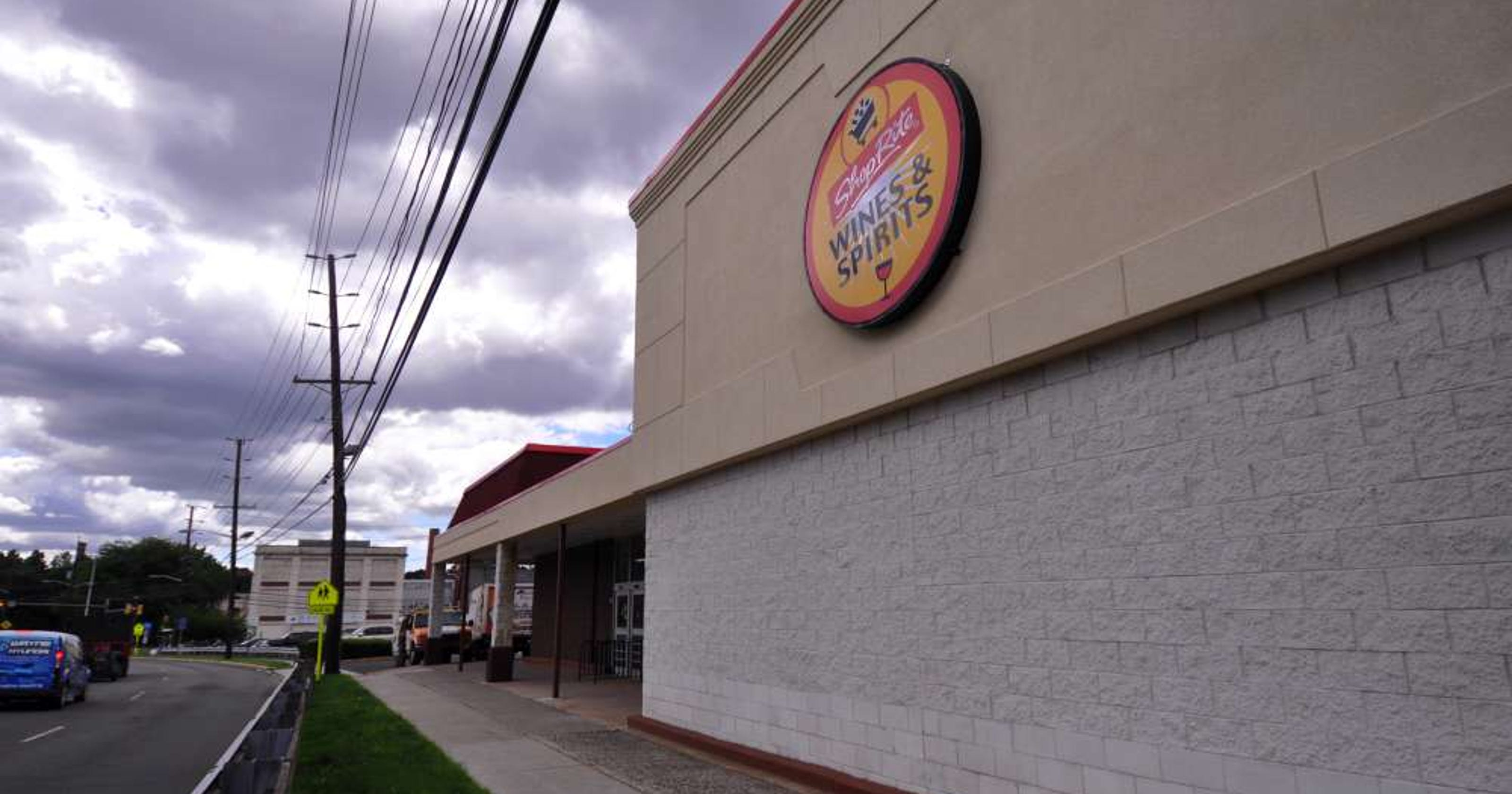 Shoprite Liquors Opens In Former Clifton Pathmark Site