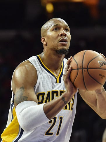 Indiana Pacers forward David West (21) shoots from
