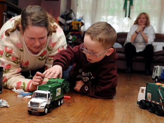 Jim Stingl: A chance meeting brings joy to boy with garbage