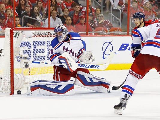 Burakovsky goals lift Capitals over Rangers in Game 4 e22d38647b2d