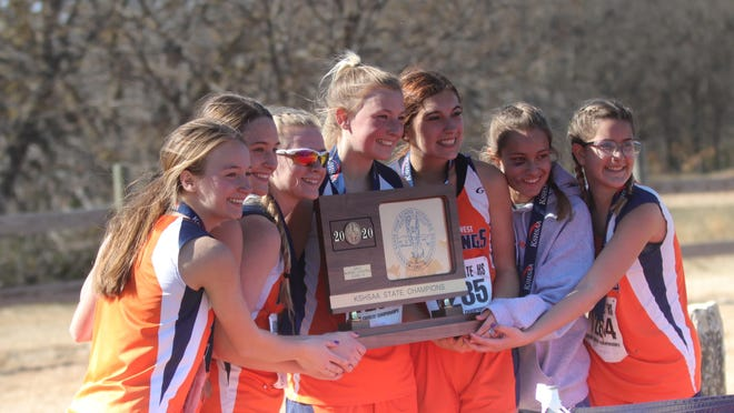 The Doniphan West girls cross country team claimed a second straight Class 1A state championship on Saturday in Victoria.
