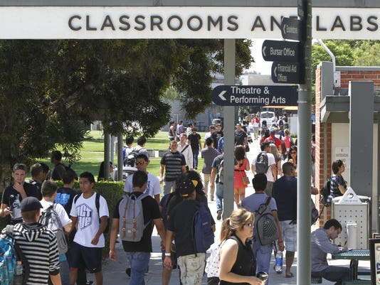 Commentary: Can community colleges deliver on diplomas?