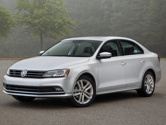 refreshed 2015 volkswagen jetta starts 520 higher. Black Bedroom Furniture Sets. Home Design Ideas
