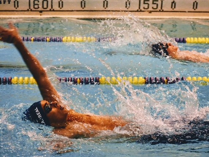 Chillicothe's boys and girls swimming teams won Frontier
