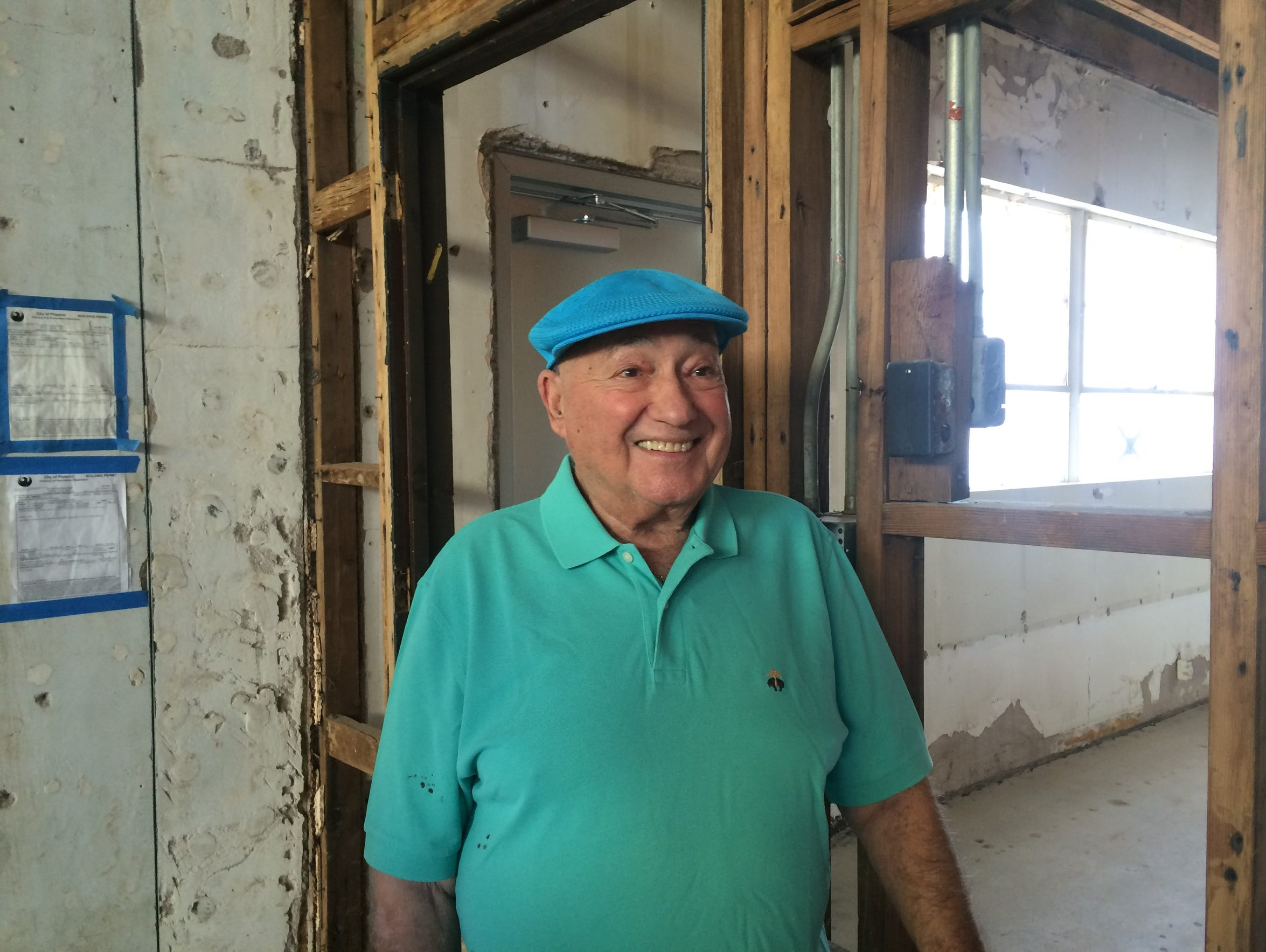 Alan Bandler tours the Beth Hebrew synagogue for the