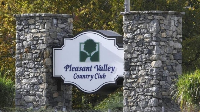 Pleasant Valley Country Club, which is no longer for sale, is offering public play for four of the next five Mondays. {T&G File Photo]