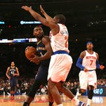 New York Knicks rookie guard Langston Galloway (2) defends against New Orleans forward Tyreke Evans (1) on Monday. Galloway, who played at Christian Life in Baton Rouge, scored 21 points as New York defeated the Pelicans 99-92 to snap a 16-game losing streak.