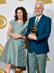 Steve Martin and Edie Brickell  pose at the Grammy