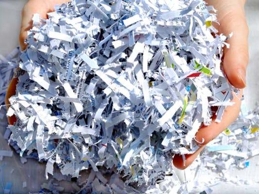 636601650014524678-LIVBrd-10-25-2015-GardenCity-1-A002-2015-10-23-IMG-shredding-1-1-98CASVES-L697091075-IMG-shredding-1-1-98CASVES.jpg