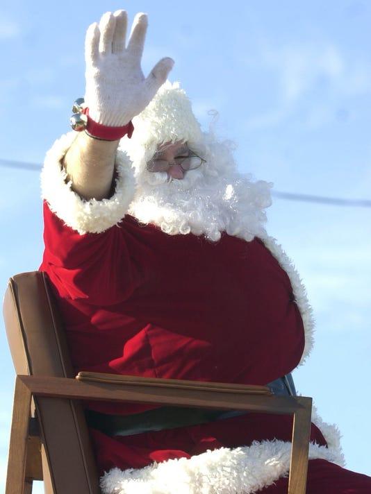 635832906772497555-Santa