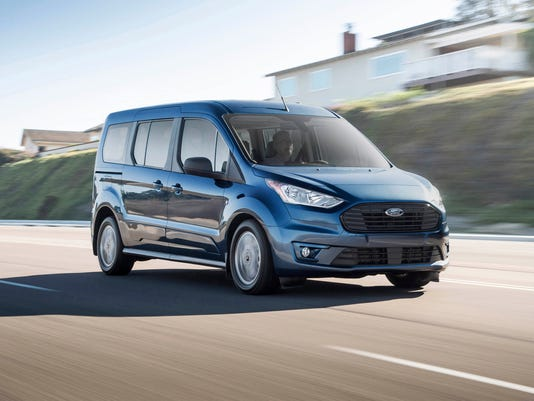 636535438135409924-2019-Ford-Transit-Connect-10.JPG