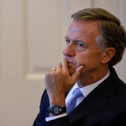 Governor Bill Haslam announces to the media that federal