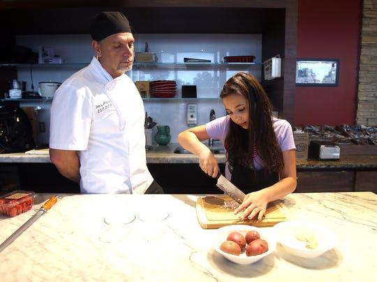 'Chopped Jr.' champion Amanda DeFuria, who trained