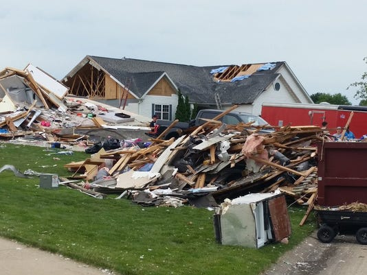 house collapsed in Walford, IA