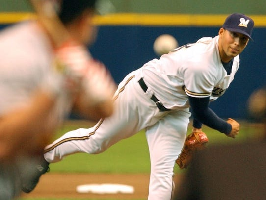 Milwaukee Brewers pitcher Chris Saenz delivers a pitch