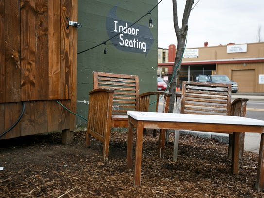 Squatchy's BBQ has outdoor seating as well as indoor