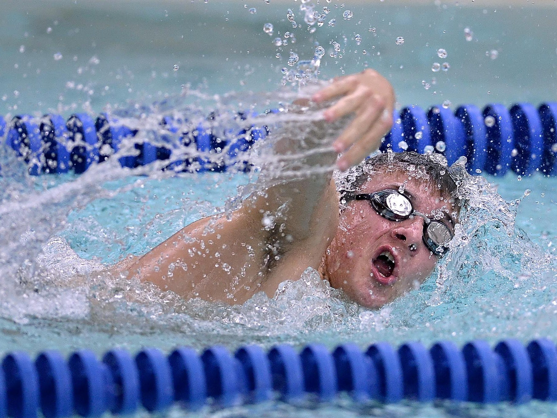 Brockport's Mike Spagnola swims the 500-yard freestyle.