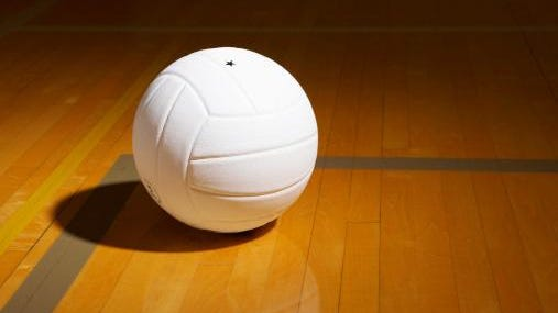 Oshkosh West took a 2-1 lead and nearly pulled off the fourth set but fell to Manitowoc Lincoln 22-25, 25-18, 22-25, 28-26, 15-9 in a WIAA Division 1 regional final in Manitowoc on Saturday night.