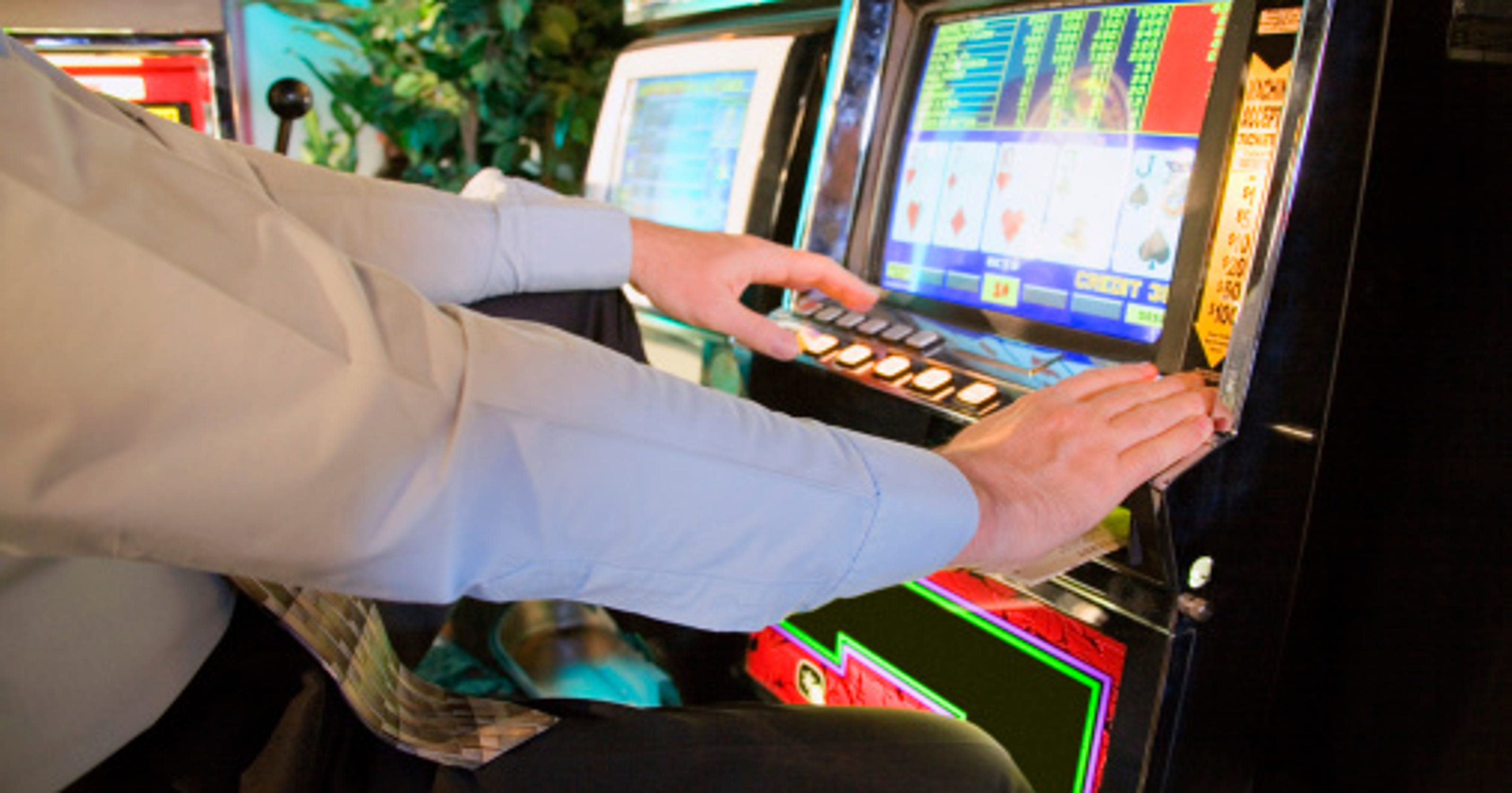 Ho-Chunk ordered to end video poker in Madison