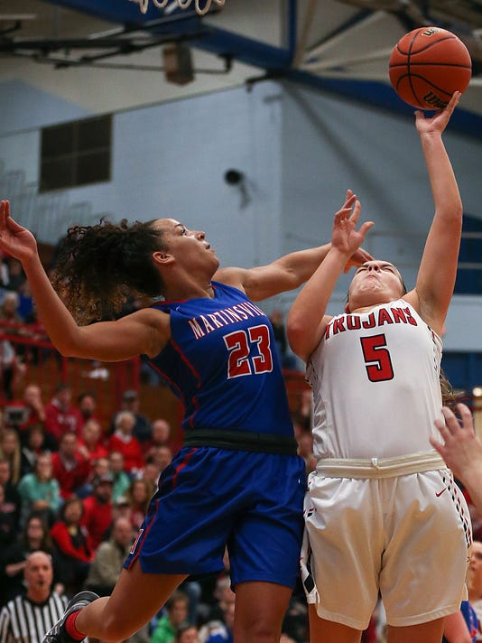636639801256913506-0201-hs-girls-bball-sectional-at-Martinsville-JRW29.JPG