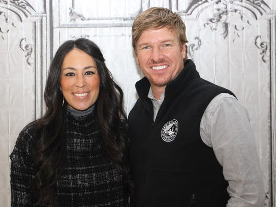 Chip Gaines and Joanna Gaines discuss their hit show