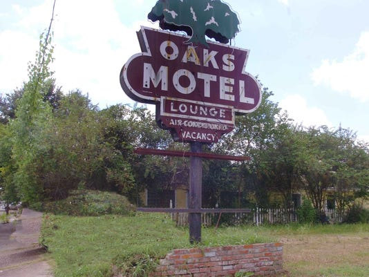-ODWBrd_09-18-2014_World_1_A002~~2014~09~17~IMG_oaks1.jpg_1_1_A88IP8M3_L4862.jpg