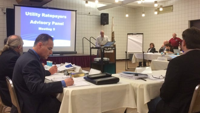 An Oxnard advisory panel met on Wednesday to come up with a sewer rate recommendation for City Council consideration.