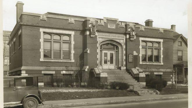 The exterior of the Indianapolis Public Library East Washington Branch, 2822 E. Washington St., ca. 1910s.