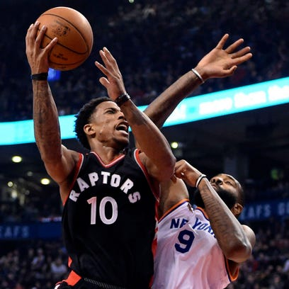 Toronto Raptors guard DeMar DeRozan (10) drives against