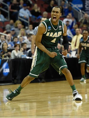 UAB Blazers guard Robert Brown (4) reacts after the UAB Blazers defeat the Iowa State Cyclones 60-59 in the second round of the 2015 NCAA Tournament at KFC Yum! Center.
