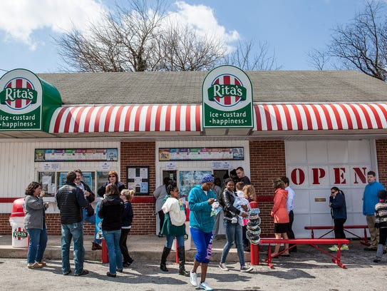 The customary free water ice giveaway at Rita's this
