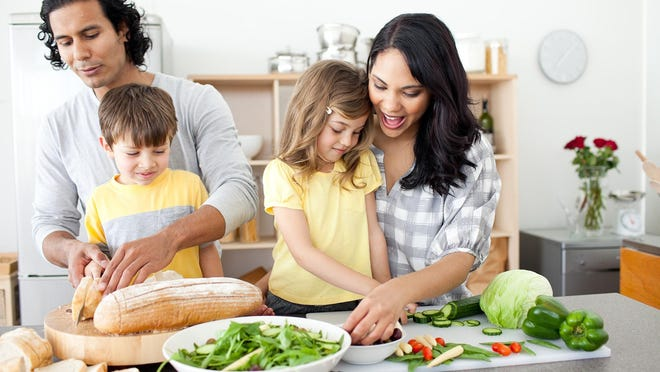 Preparing food together gives families a chance to increase communication and to get closer to the food that they ingest.