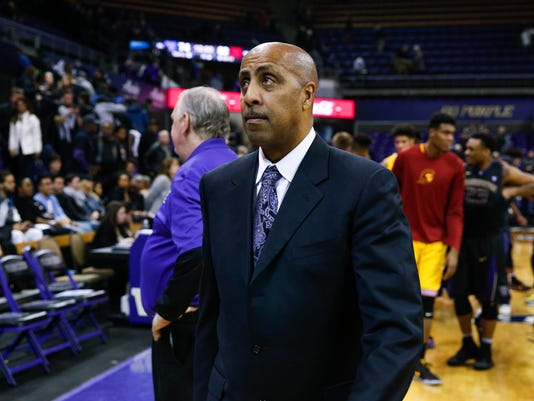 NCAA Basketball: Southern California at Washington