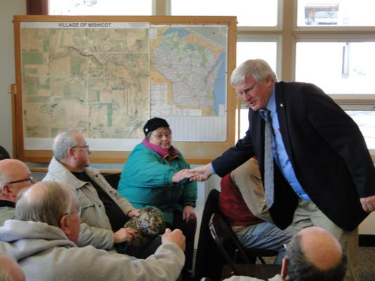 635600466287985667-Grothman-Greets-Residents---Mishicot
