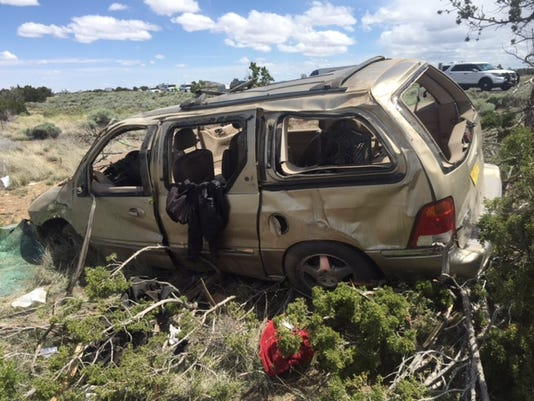 Fatal rollover on I-40 in Arizona near Flagstaff