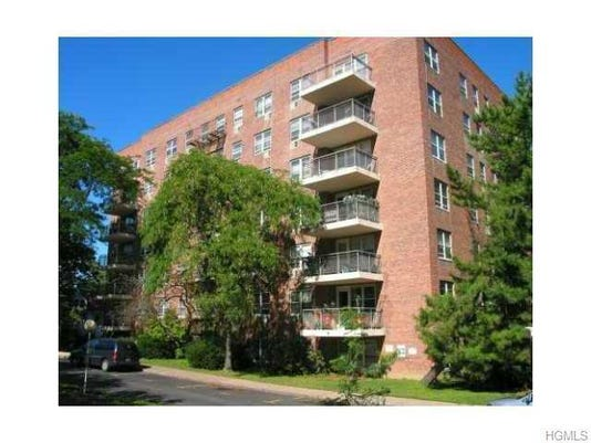 Price Point: 40 S. Cole Ave., Apt. 2A