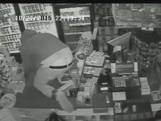 635817916215268252-burglar1