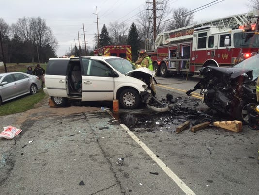 635871468501225527-Oak-St.-crash-photo.jpeg