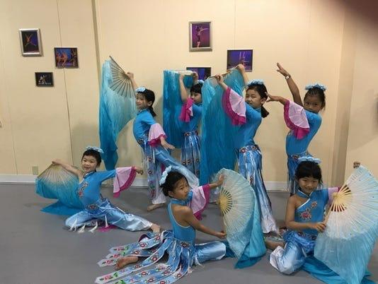635912180753656771-Dancers.jpg