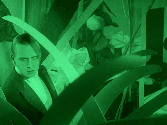 "The 1924 silent film ""L'inhumaine"" will feature a score by the Massachusetts-based Alloy Orchestra."