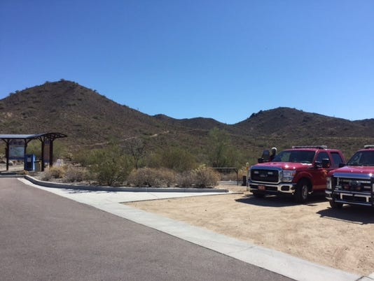 Fire crews attempt to rescue woman from Phoenix Mountain Preserve