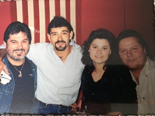 From left to right: Robert Gordon Jr., Frankie Gordon,