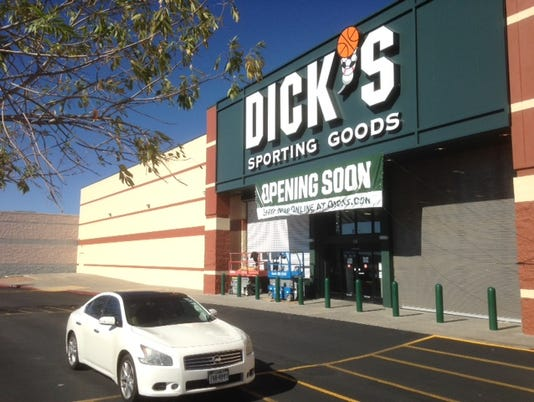 11-21-2016-DICK'S SPORTING GOODS-1