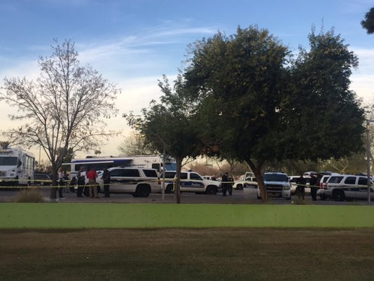 Man dies after fight with Phoenix police