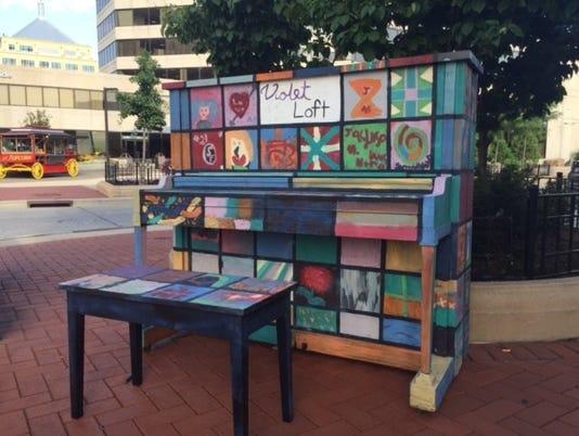 636204424255110128-piano.jpg