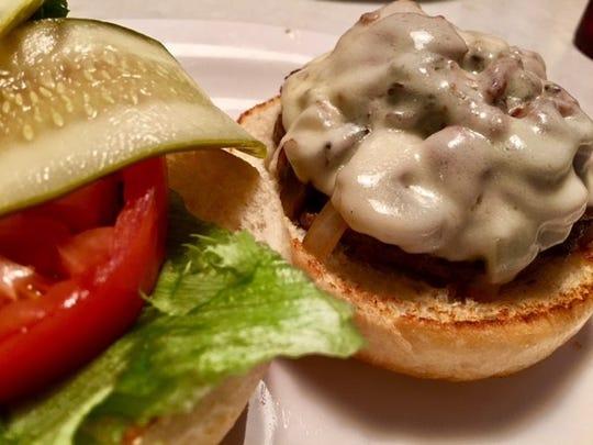 LuLu's burger