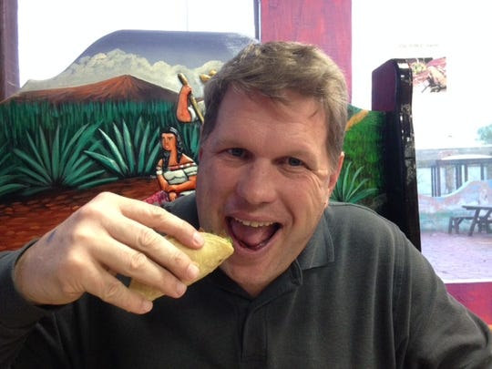 The Enquirer's Bill Broderick of Bill's Bites visits Nina's Taqueria.