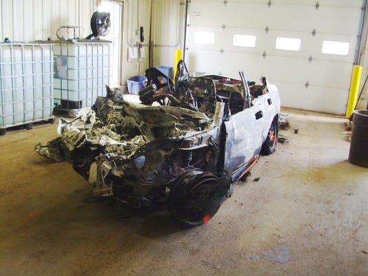636300302296590595-Fiery-crash-car-04.jpg