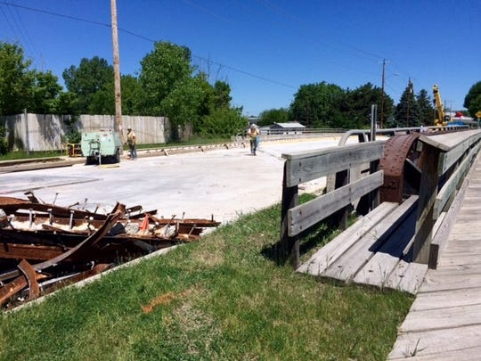 Work on the Stow Street Bridge in Fond du Lac includes deck milling and a new concrete overlay.